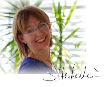 Susanne Hertenstein mit Unterschrift